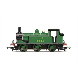 Hornby R3668 Class J83 0-6-0T No. 8482 in LNER Green RailRoad Range