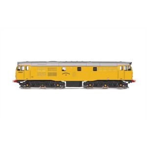 Hornby R3745 Class 31 31602 'Driver Dave Green' Network Rail Yellow