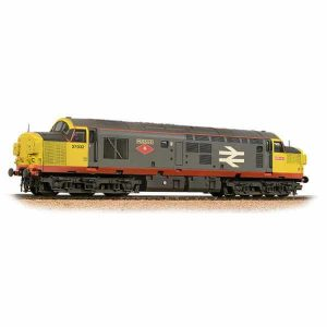Bachmann 32-775SD Class 37/0 37032 'Mirage' BR Railfreight Red Stripe Weathered