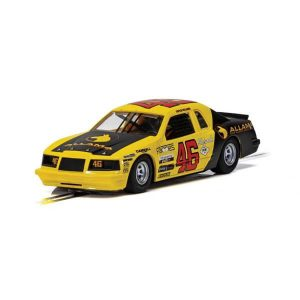 Scalextric C4088 Ford Thunderbird No.46 Yellow & Black