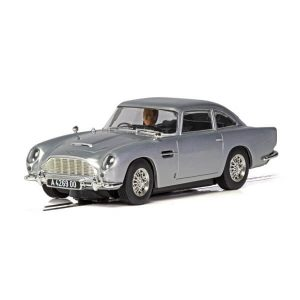 Scalextric C4202 Aston Martin DB5 James Bond 'No Time to Die'