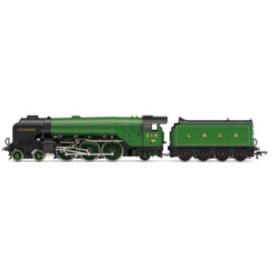 Hornby R3833 Thompson Class A2/3 514 'Chamossaire' LNER Green