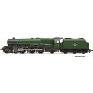 Hornby R3855X Class 8P Princess Royal 46211 'Queen Maud' in BR Green with Late Crest DCC Fitted