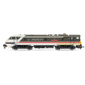 Hornby R3890 Class 91 91002 'Durham Cathedral' InterCity Swallow Livery