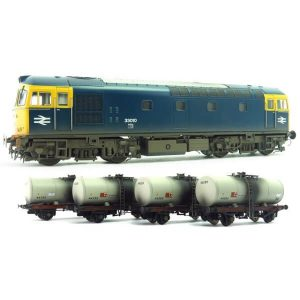 Heljan 1095 Class 33/0 33010 BR Blue with 4 x A Tank Wagons in Grey Fuel Oil Livery Weathered