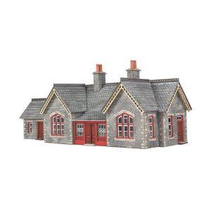 Metcalfe Models PN933 N Gauge Settle & Carlisle Railway Station