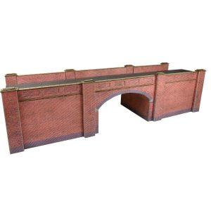 Metcalfe Models PO246 OO/HO Scale Railway Bridge in Red Brick
