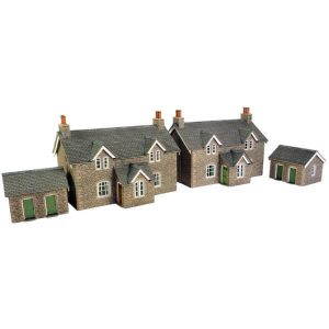Metcalfe Models PO255 OO/HO Scale Workers Cottages