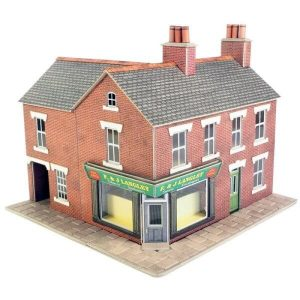Metcalfe Models PO263 OO/HO Scale Corner Shop in Red Brick