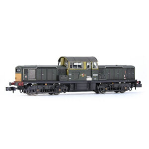 EFE Rail E84509 Class 17 D8600 BR Green with Small Yellow Panels Weathered