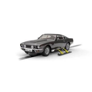 Scalextric C4239 Aston Martin V8 James Bond The Living Daylights